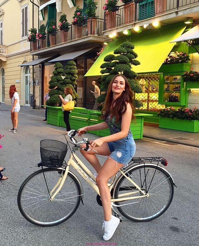 Fahriye-Evcen-Bisiklet